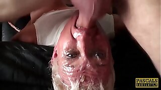 Mature subslut deepthroated together with fucked