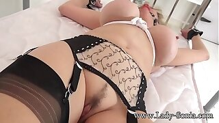 British mature Lady Sonia gagged and vault to the bed