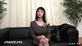 Casting amateur mature aux gros seins sharp sodomisee dans un plan a 3
