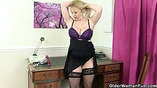 British milf Overheated works her sweet mature pussy