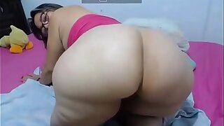 Big Posterior MILF Granny chiefly the Prowl - www.camsvideo.ga