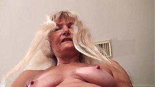 Shrivelled granny masturbated with dildo FullHD 1080p 60fps