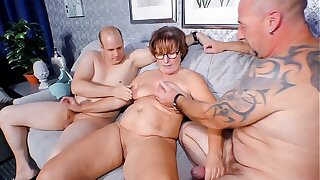 REIFE SWINGER - Chubby German granny sucks and fucks two cocks connected with mischievous distressing threesome