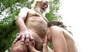 70 year old grandpa fucks 18 year old girl moans with pleasure together with swallows