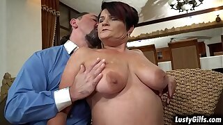 Lusty granny Dolly Bee plays strip poker with her new grandpa neighbor Leslie Taylor. She got lost about an obstacle game and ended up shagging with mature cock.
