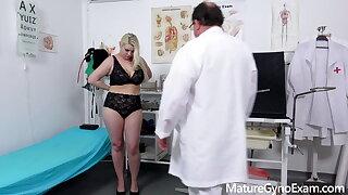 Chubby pornstar Alexa Bold examined by deviating doctor