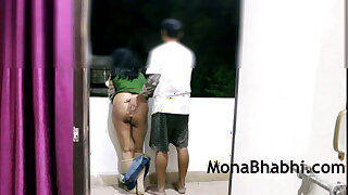 Indian Aunty Outdoor In the matter of Her Retrench Immense Blowjob Fucking